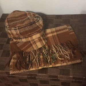 Plaid hat and scarf set